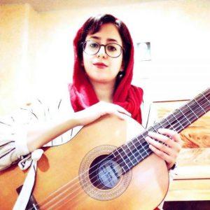 بهترین آموزشگاه موسیقی در کرج-آموزش گیتار کلاسیک