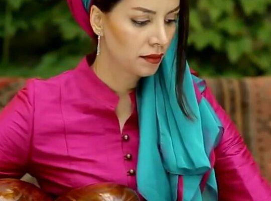 سارا رضا زاده