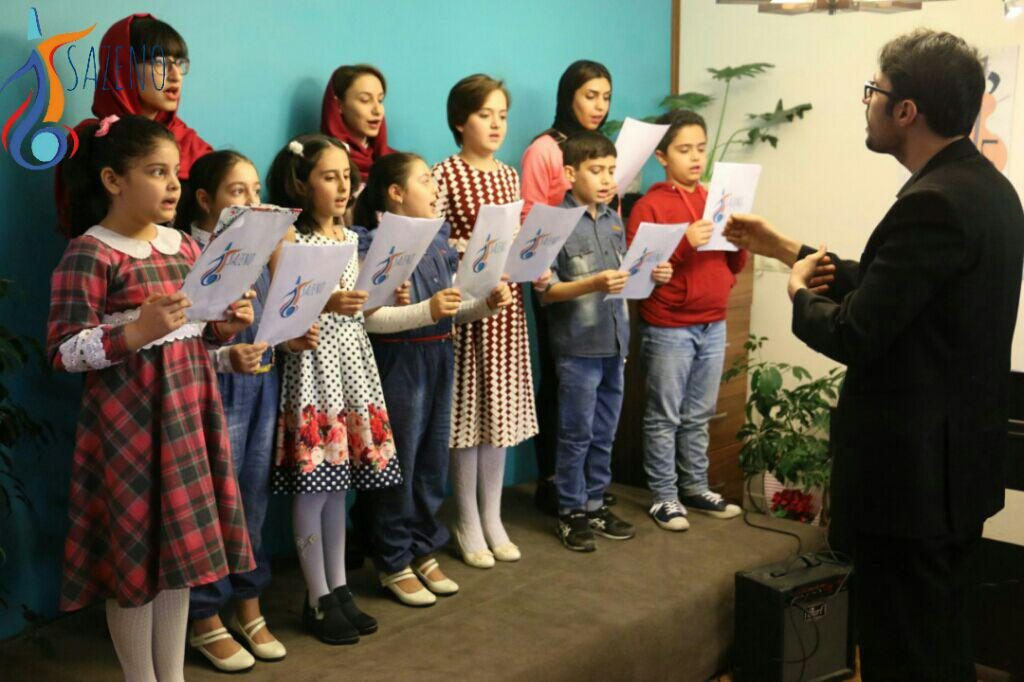 بهترین آموزشگاه موسیقی در کرج-مهارت آواز خوانی