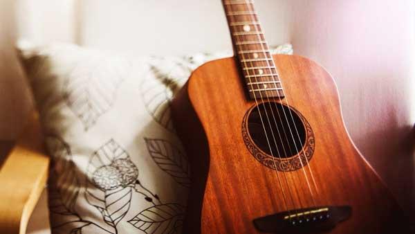 مدت زمان یادگیری گیتار