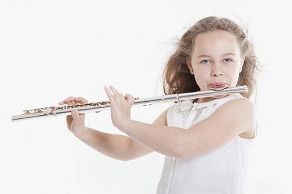 چه سنی برای شروع موسیقی مناسب است؟