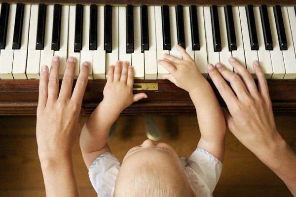 موسیقی درمانی چیست و چرا اهمیت دارد؟